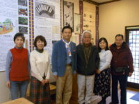 佐賀県知事山口祥義氏、スタッフと記念撮影していただきました。