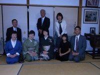 会主 中川先生とお家元ご一家と 記念撮影。
